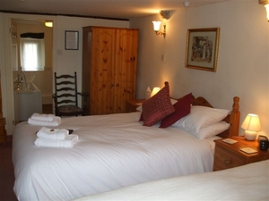Double/Twin Room at Wood View Bed & Breakfast, Austwick